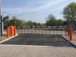 Barrier tự động rào chắn dùng cho trường học mẫu giáo, mầm non
