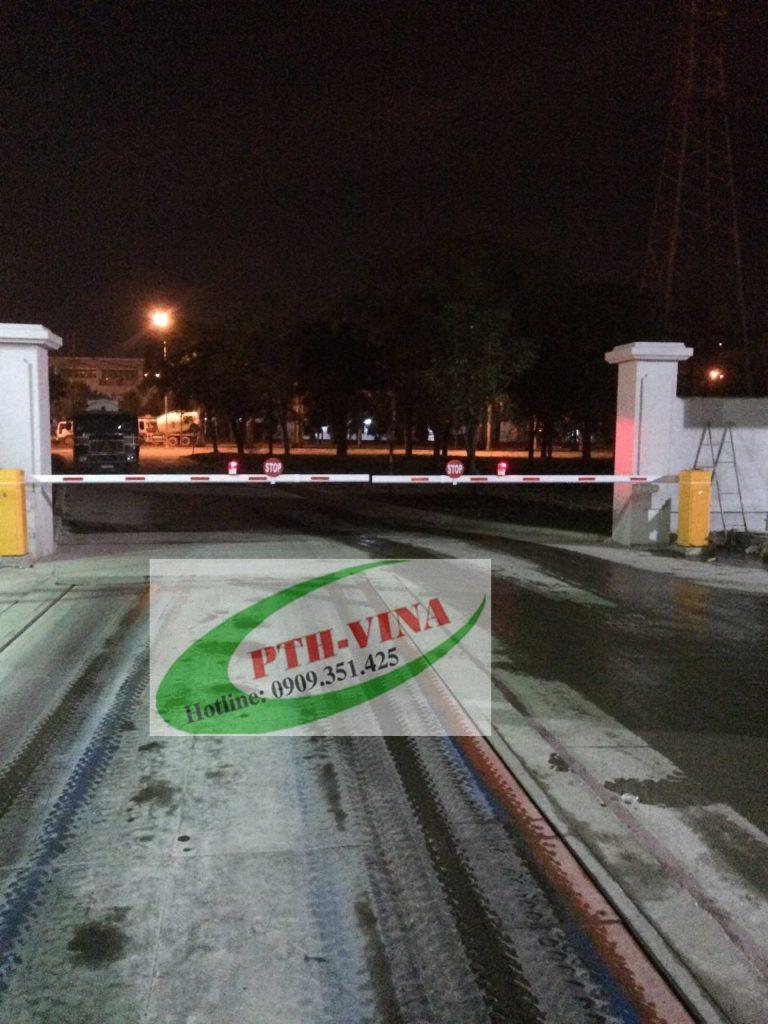 barrier tự động cho cổng khu công nghiệp