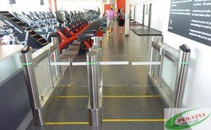 cổng kiểm soát ra vào phòng tập gym