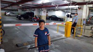 máy giữ xe tự động kết hợp với barrier