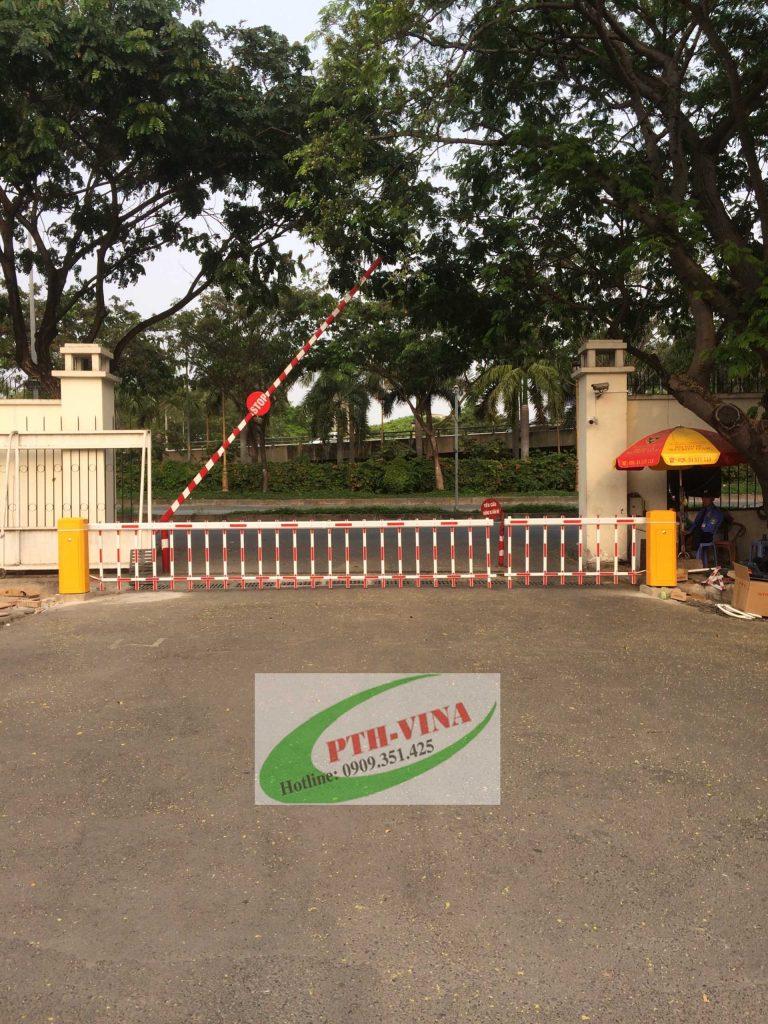 Barrier rào 2 trụ đối đầu