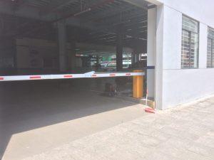 Lắp đặt barie tay gập cho công ty ô tô Gia Định Quận 6