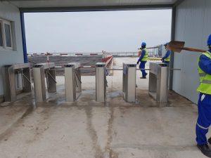 Cổng phân làn đi bộ nhà máy nhiệt điện Trà Vinh